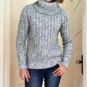 Banana Republic Italian Yarn Wool Sweater